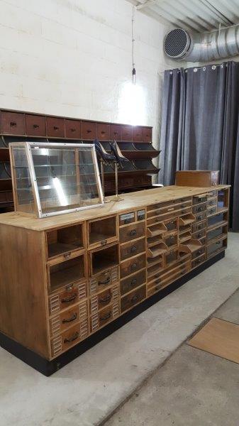 Vintage Ladentheke Schubladenschrank 290 cm