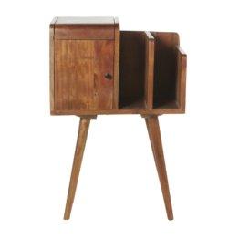 Kleine Aufbewahrungsmöbel aus Akazienholz